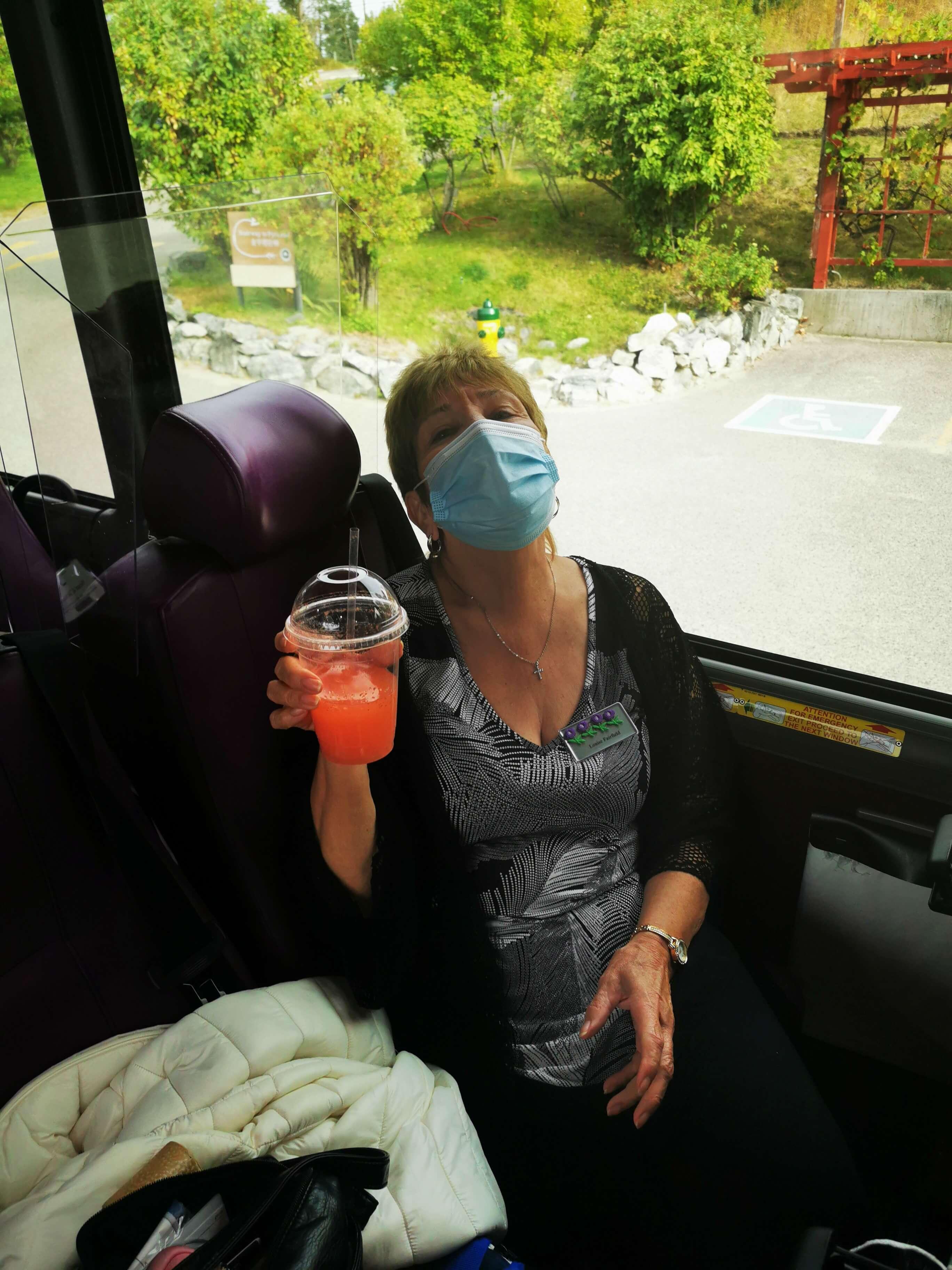 Guest Louise Fairfield on coach Okanagan Splendour tour